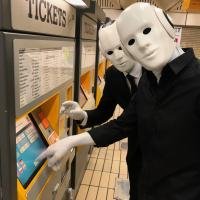 Robots get to grips with a Metro ticket machine